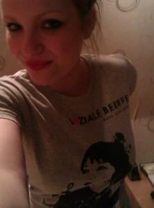 Michelle mit SOZIALE BERUFE Shirt
