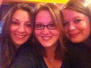 Bloggerin Laura (rechts) mit ihren Klassenkameradinnen Katharina und Miriam