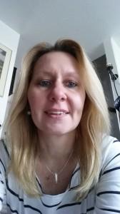 Helga (47)